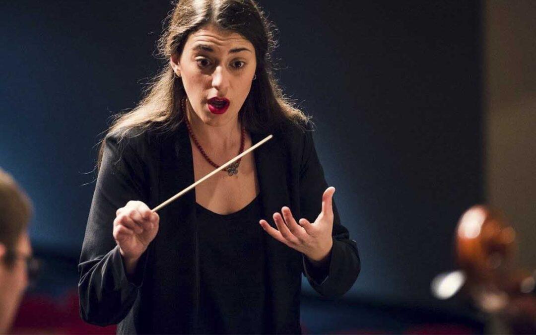 Μια Ελληνίδα, η πρώτη γυναίκα μαέστρος στη Συμφωνική Ορχήστρα του Κονρό, στο Τέξας