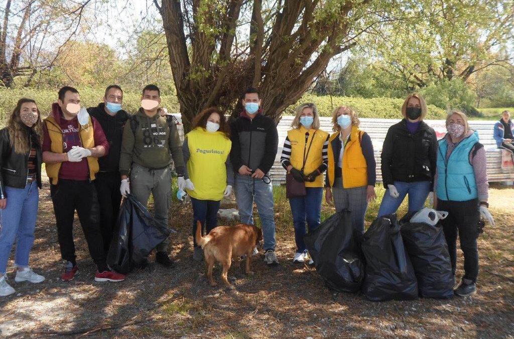 ΓΙΑΝΝΕΝΑ-Τα μέλη του Θεραπευτικού Προγράμματος ΚΕΘΕΑ ΗΠΕΙΡΟΣ σε συνεργασία με τους Pagouristas,καθάρισαν το παραλίμνιο